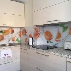 Апельсины с водой